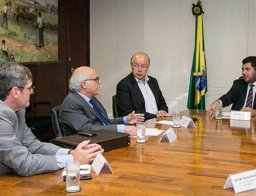 MINISTRO MARCOS JORGE ACENA COM PRORROGAÇÃO DA PORTARIA 544