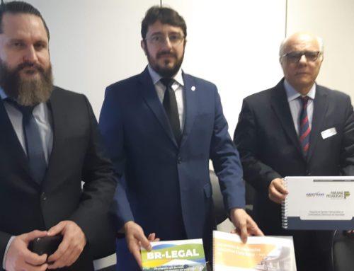 MINISTÉRIO DA ECONOMIA RECEBE PESQUISA DA ABEETRANS